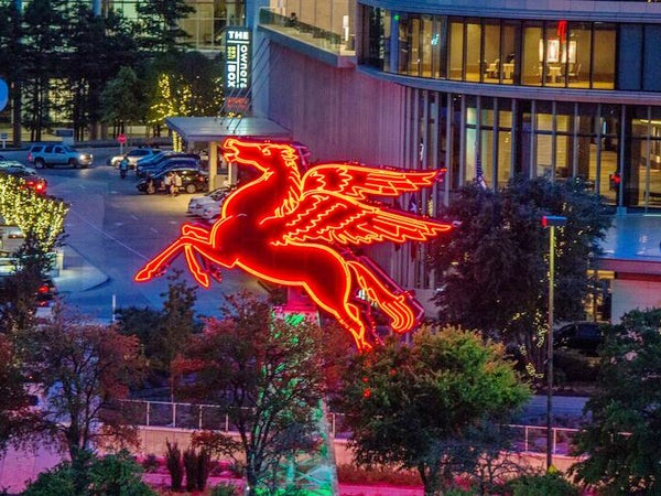 Dallas Public Art for Selfies & Just Plain Gawking