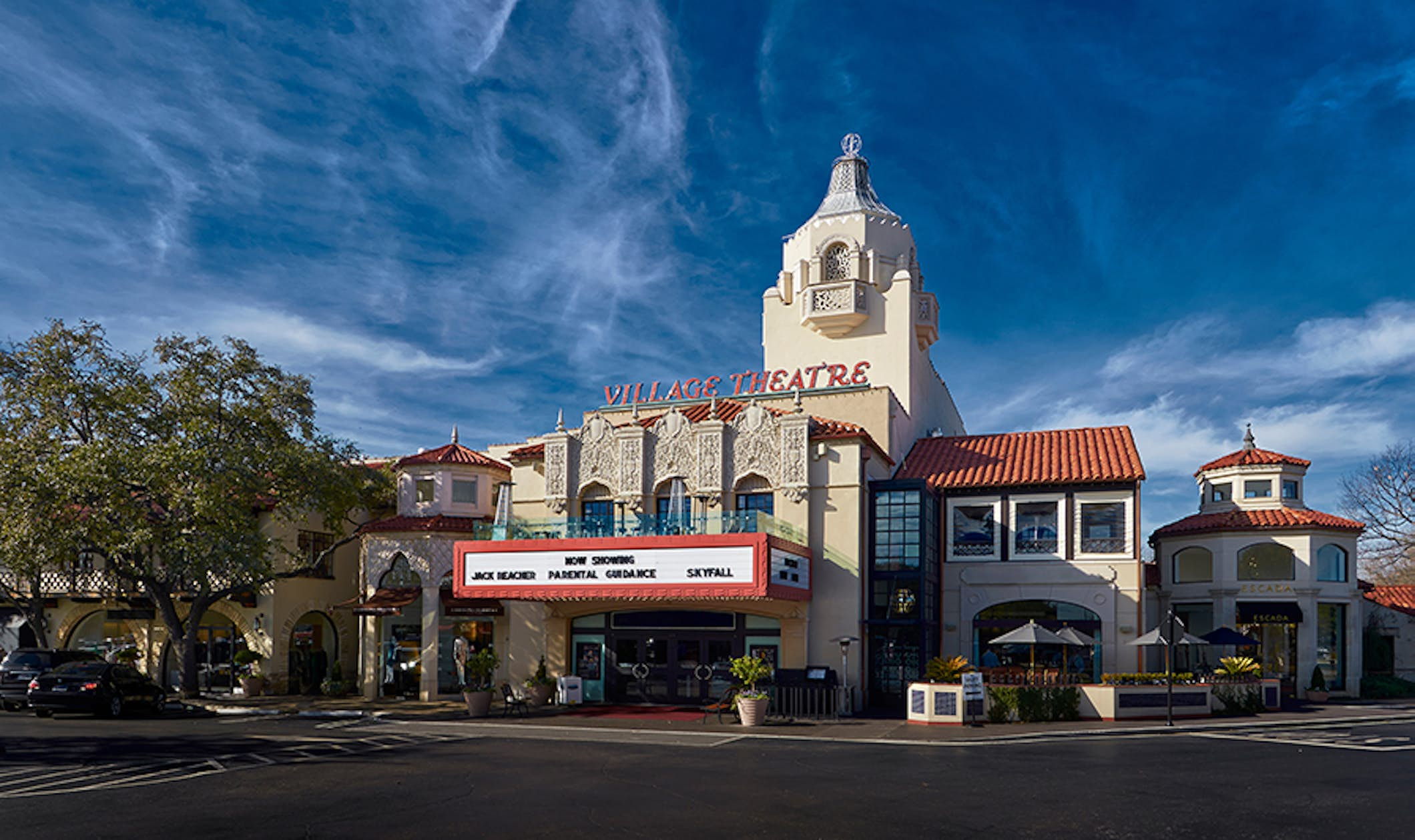 Best Movie Theater In Dallas Here S Our Top Cinema List