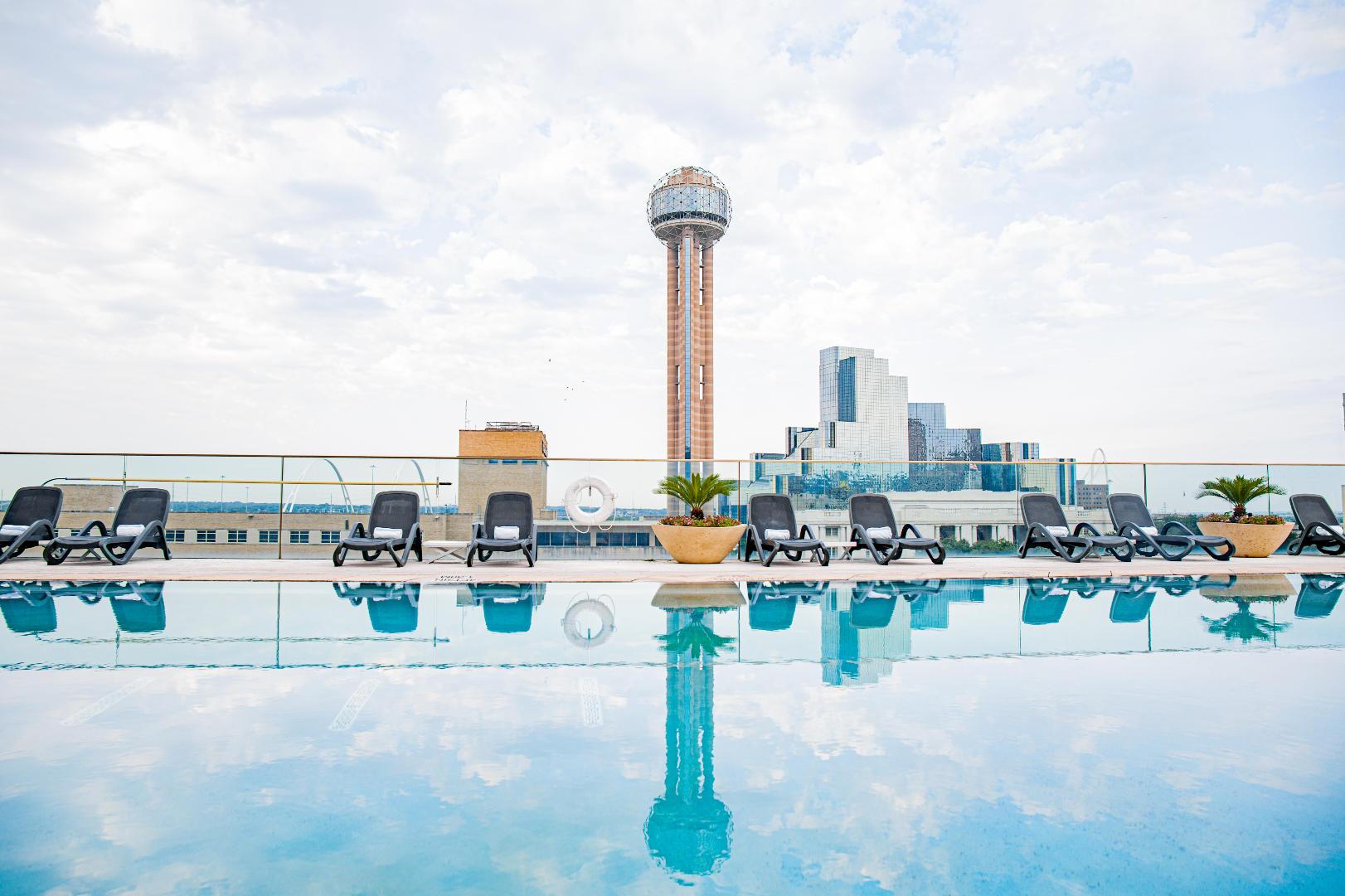 The Omni Hotel pool