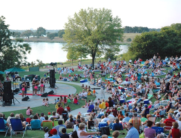 Dallas Arboretum: Cool Thursdays Concert Series