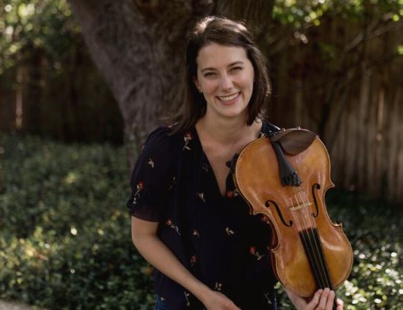 Sarah Poe, Violist in Concert