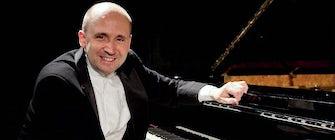 2019 Distinguished Artist Recital: Emile Naoumoff, Piano