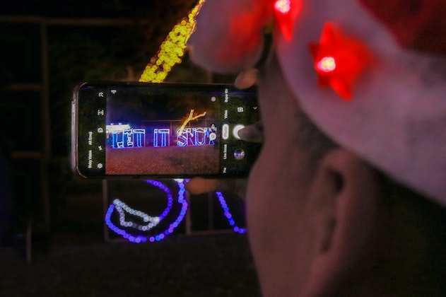 Dallas Zoo Lights Drive-Thru presented by Reliant