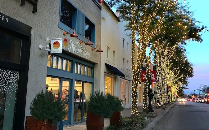 Knox Street's Holiday Celebration Featuring a Neighborhood Sip and Shop Block Party and Holiday Pop-Up Park